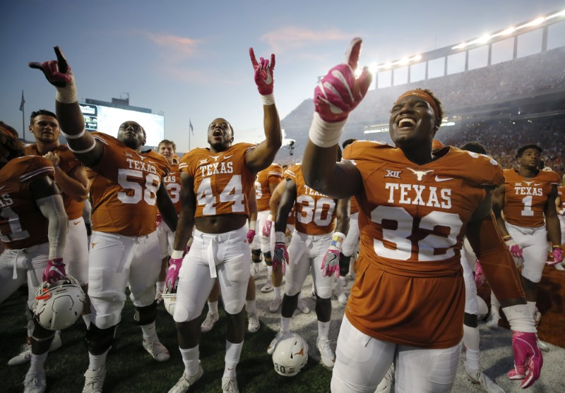 Longhorns expecting big things from LB Roach