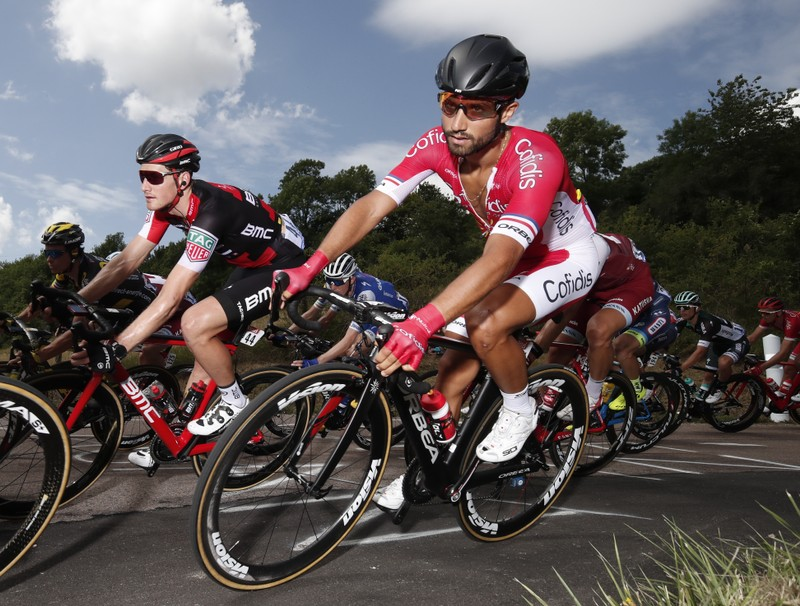 Cycling: Bouhanni secures sprint win on dramatic day at Vuelta