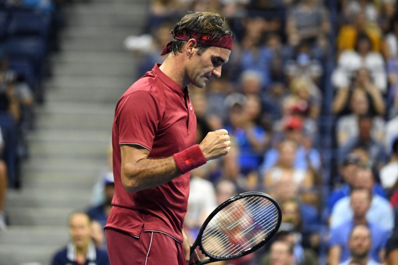 Federer in daytime action upon U.S. Open day time four