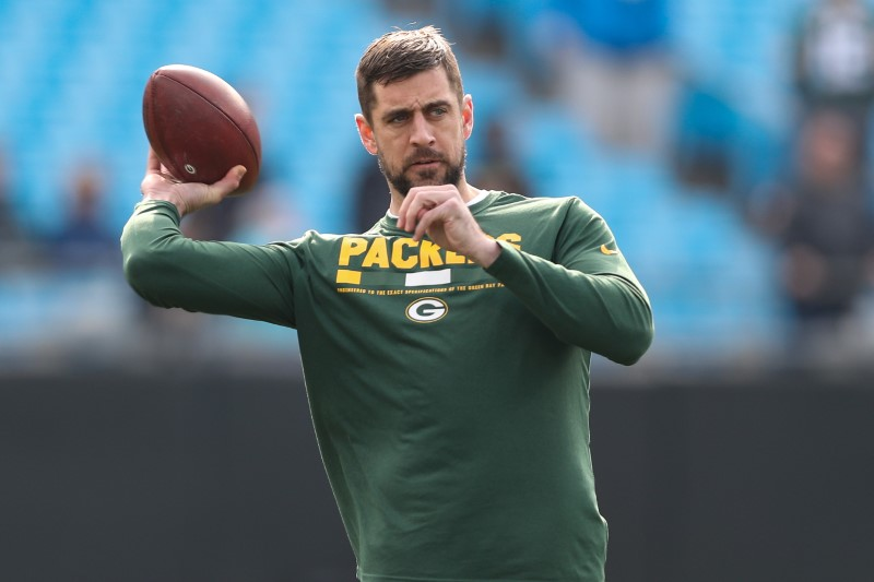 Rodgers: NFL not ready for non-traditional contracts